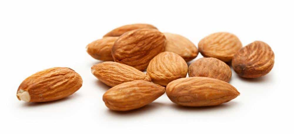 A few pieces of almonds.