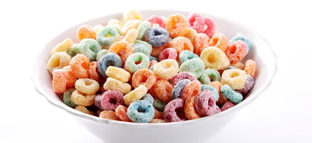A bowl of fruit loops