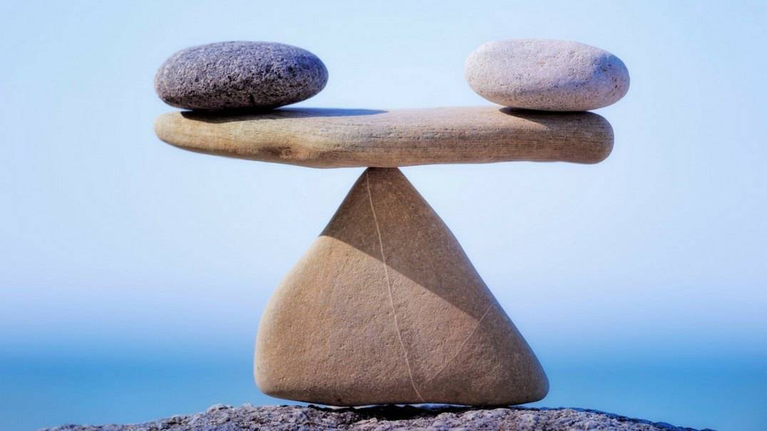 Rocks balancing each other.